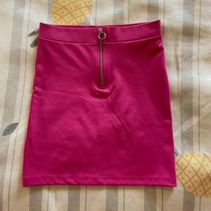Pink zipped bodycon skirt